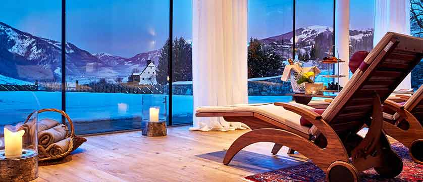 Austria_Kitzbuhel_Schloss_Mittersill_relaxation-room.jpg
